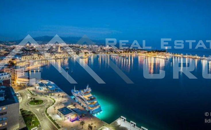 Nekretnine Split - Apartman u prvom redu do mora na prodaju, Split