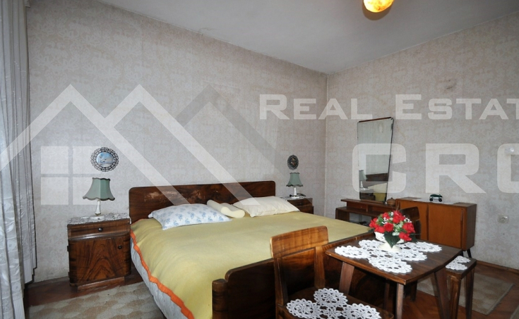 House with a garden for sale, Sinj