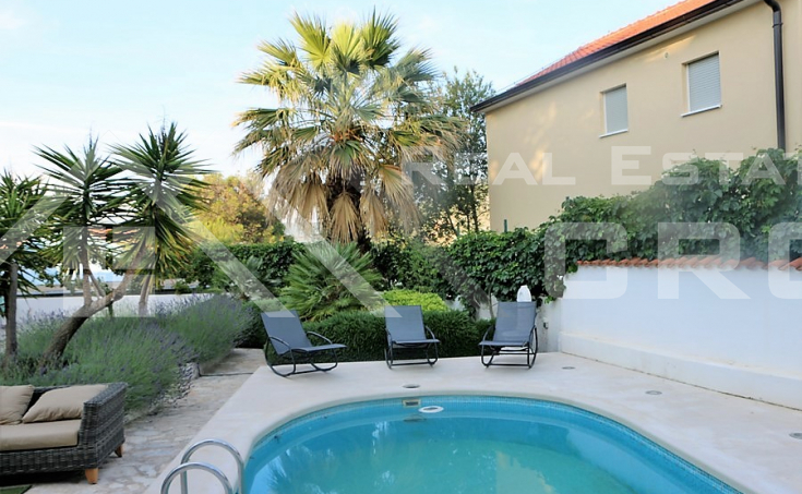 Luxurious villa on a very attractive location for sale, Rogoznica
