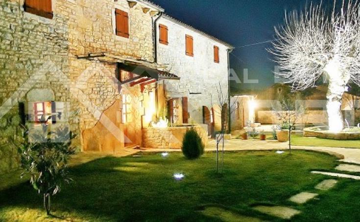 Luksuzna vila s bazenom na prodaju, Istra (16)