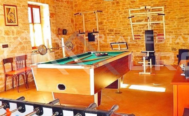 Luksuzna vila s bazenom na prodaju, Istra (7)