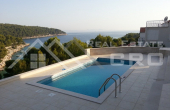 BR330, Luxurious villa with a swimming pool, Milna, Brac