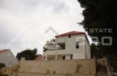 Luxurious villa with a swimming pool, Milna, Brac (8)
