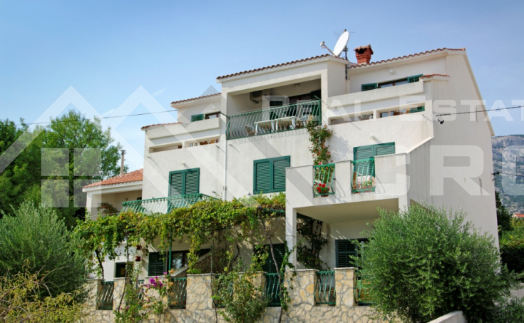 House with a beautiful sea view, for sale, Bol centre, Brac island