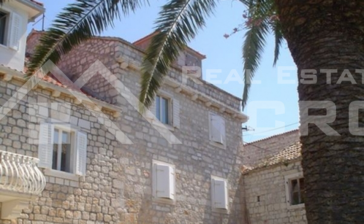 Unique stone house for sale, Sutivan, Brac island