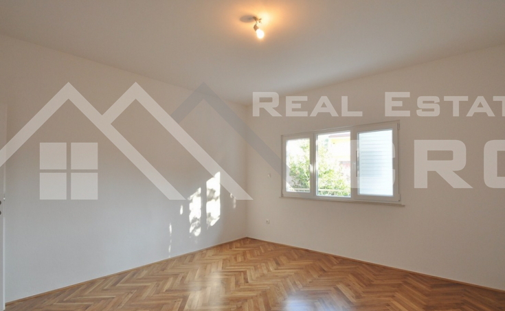 Thee bedroom apartment for sale in Solin (12)