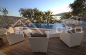 TG270, Luxurious three bedroom villa for sale, 1st line to the sea, surroundings of Trogir