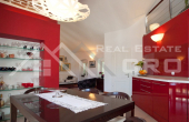 Luxurious apartment in unique location in Split, for sale (14)