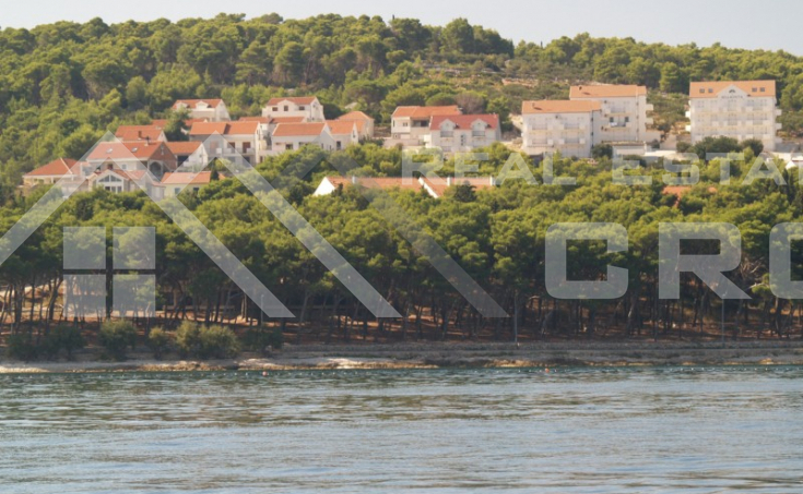 Apartment with sea view, attractive location in Sutivan, Brač island