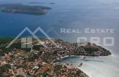 House for sale with courtyard and sea view, surroundings of Trogir (9)
