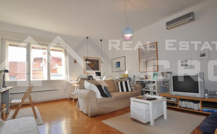 Stan na prodaju na atraktivnoj lokaciji u Splitu