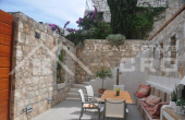 Renovated stone house for sale in the centre of Hvar (1)