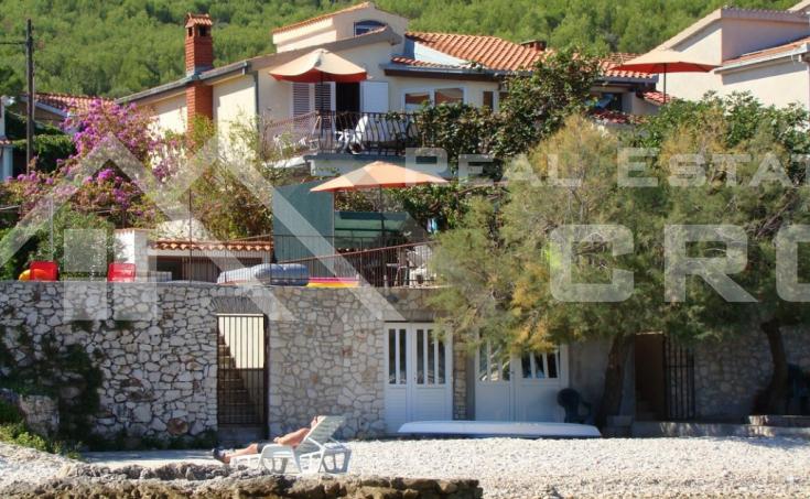 House for sale, 1st row by the sea, Trogir