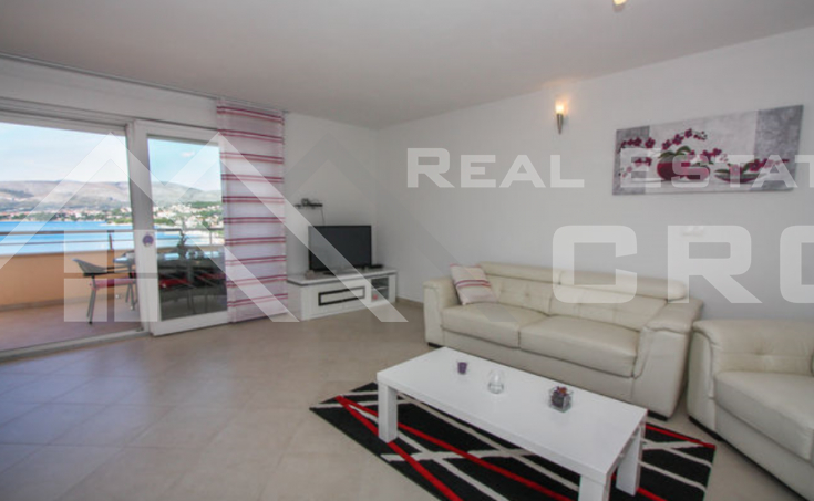 Two bedroom aparment with sea view, Ciovo