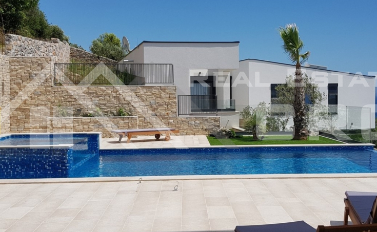 Modern villa for sale (18)