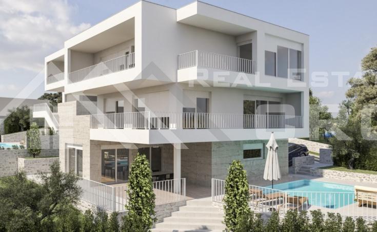 Villa with pool for sale, very attractive location, Rogoznica (1)