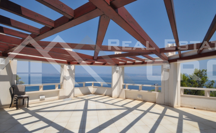 Newly built villa on seafront for sale, Brac