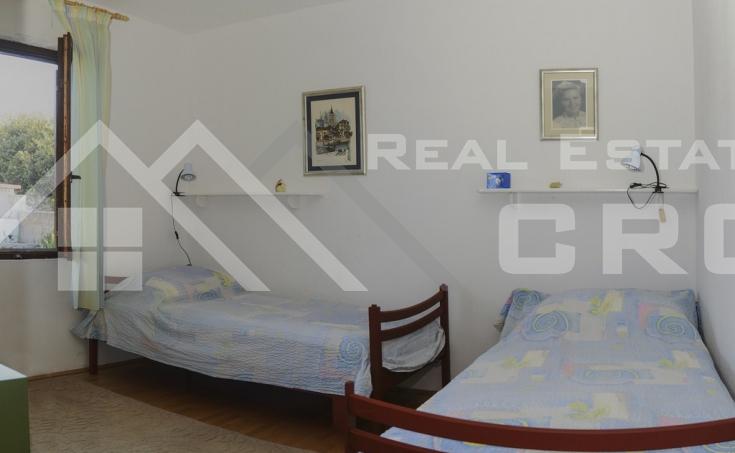 Kuća  na prodaju u mjestu Rogač na otoku Šolti (13)
