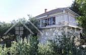 Kuća  na prodaju u mjestu Rogač na otoku Šolti (5)