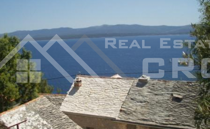 Old stone house with stunning sea view for sale in Murvica, Brac