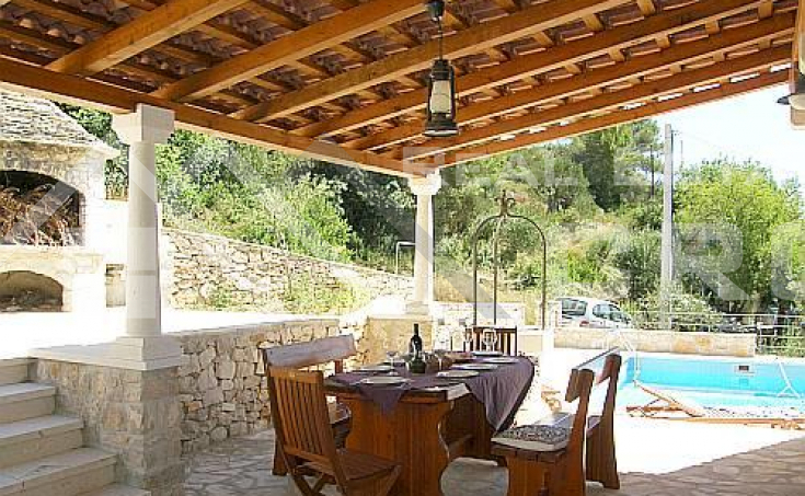 Stone villa in a very attractive location for sale, Solta island