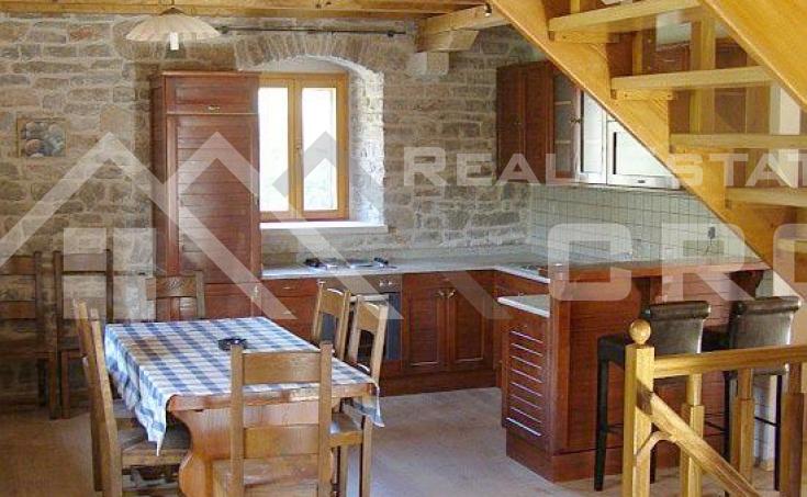 Stone villa in a very attractive location for sale, Solta island (3)