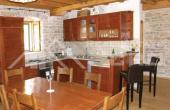 Stone villa in a very attractive location for sale, Solta island (7)