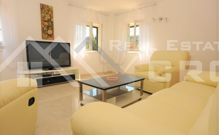 Charming stone house  with pool and seaview, for sale, Sutivan (2)