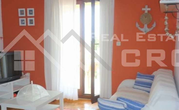 Two-bedroom apartment in a very attractive location for sale, Supetar, Brac island
