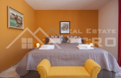 Luxurious villa with swimming pool and a sea view for sale, vicinity of Trogir (8)