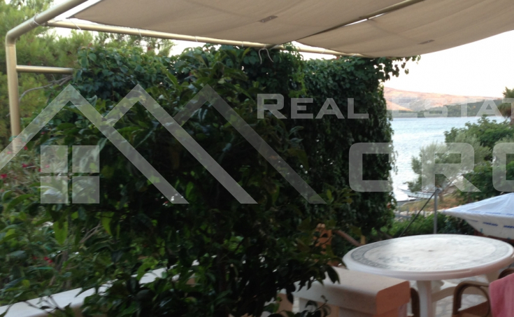 Detached house in the first row to the sea near the town of Sibenik for sale (1)