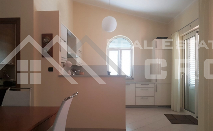 Detached house in the first row to the sea near the town of Sibenik for sale (4)