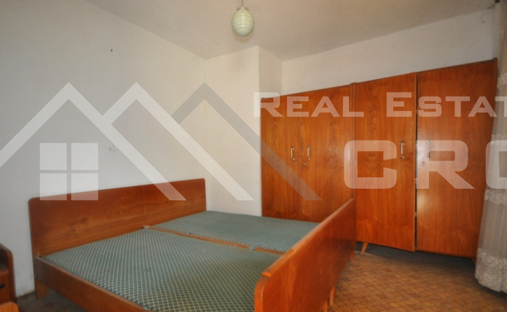Old stone house with a garden for sale, Radosic, Sinj (3)