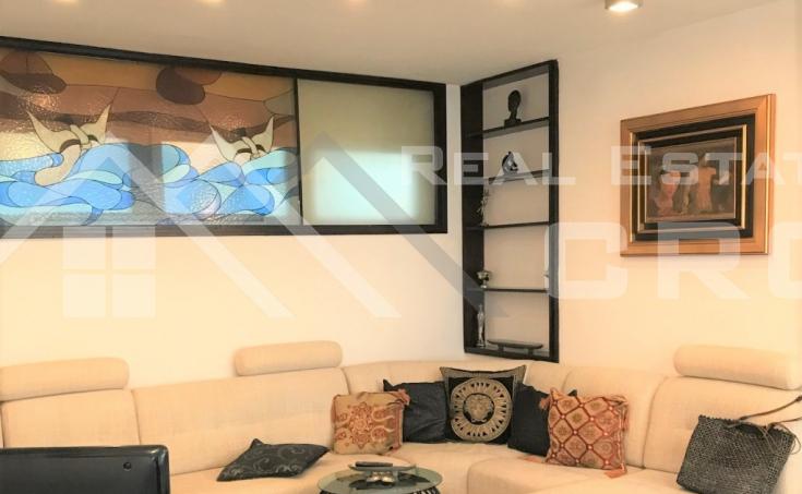 Atraktivan stan u centru Splita na prodaju