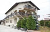 Stambeno-poslovni objekt na vrlo atraktivnoj lokaciji u Karlovcu na prodaju (1)