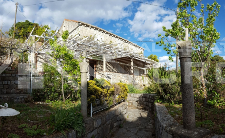 Attractive stone house with a sea view for sale, Kolocep  (3)