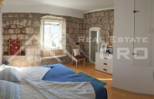 Attractive stone house with a sea view for sale, Kolocep  (8)