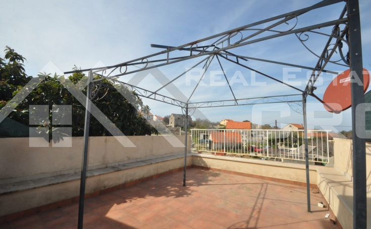 Stone house in block, for sale, Brac  (1)