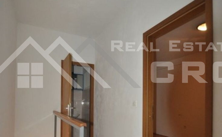 Stone house in block, for sale, Brac  (5)