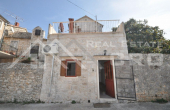 Stone house in block, for sale, Brac  (12)