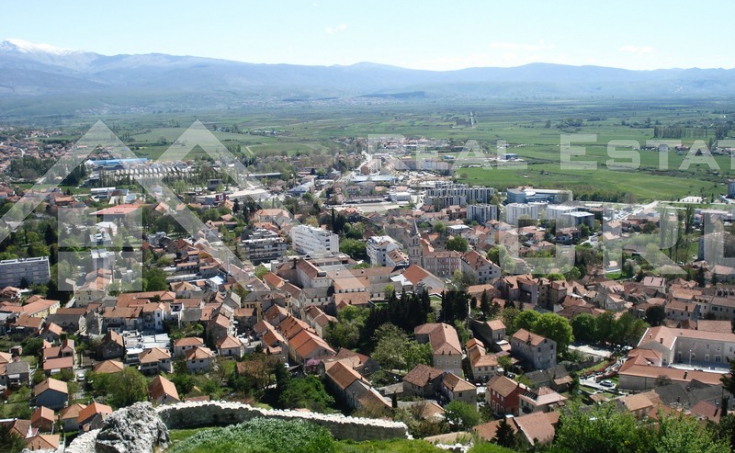 Flat in a very attractive location in Sinj for sale