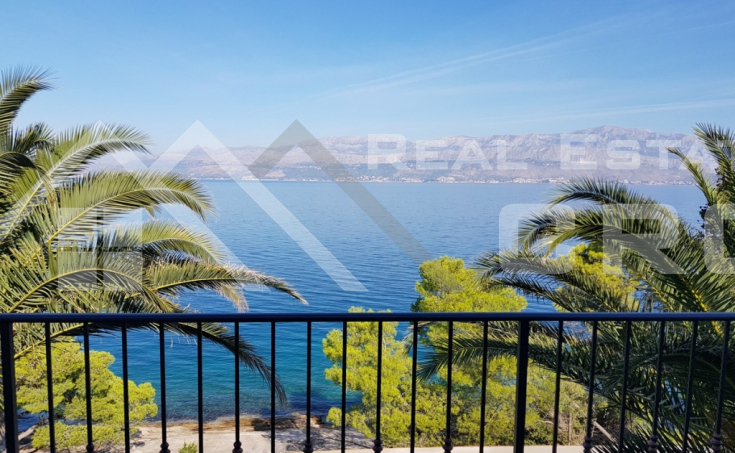 Newly built villa in the first row to the sea for sale, Brac island (6)