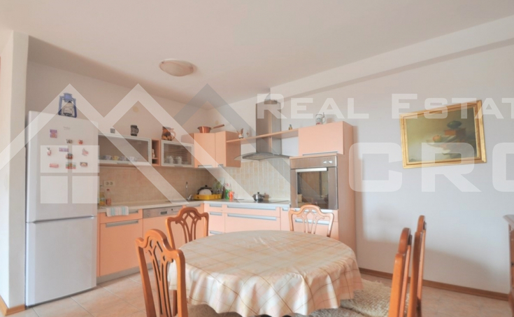 Three-bedroom apartment in one of the most attractive locations in Split for sale (3)