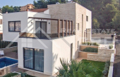Modern luxurious villa in the second row to the sea for sale, Ciovo (3)