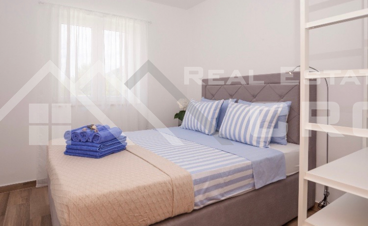 Newly-built apartment with sea view for sale, Bol, Brac Island (2)