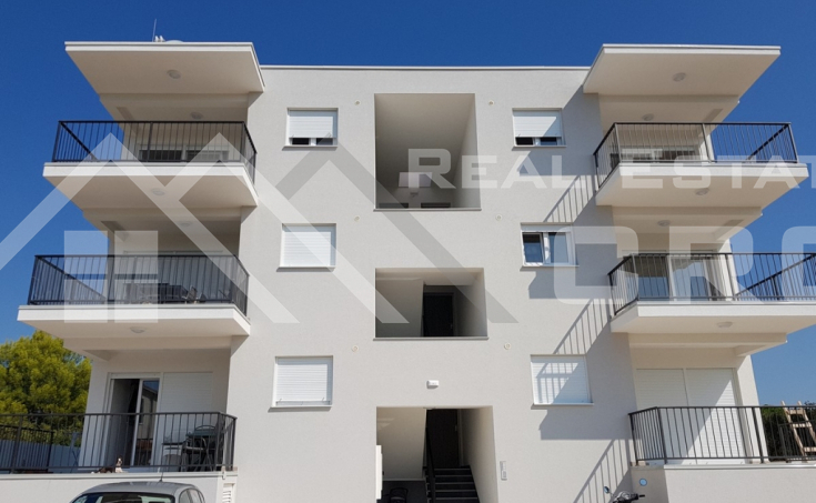 Apartmani s prekrasnim pogledom na more na prodaju, otok Čiovo