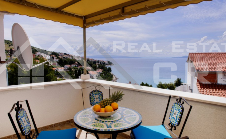 House with a sea view on the Island of Ciovo, for sale (13)