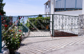 House with a sea view on the Island of Ciovo, for sale (8)