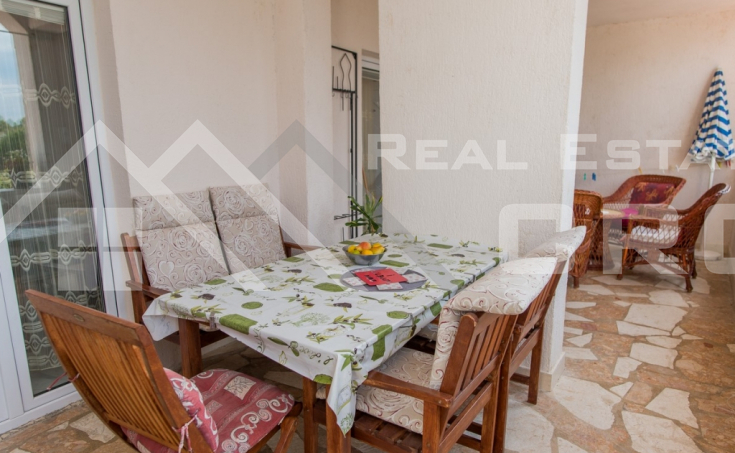 The apartment house in the first row to the sea for sale, Primosten (4)