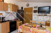 The apartment house in the first row to the sea for sale, Primosten (6)